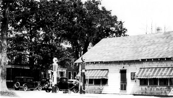 Gas station on Route 1 during prohibition