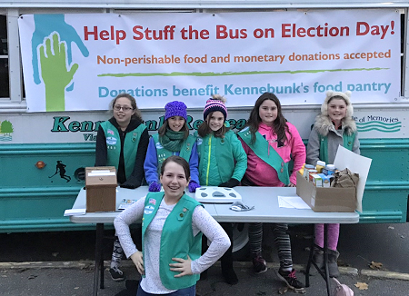 Girls Scouts helping with food drive